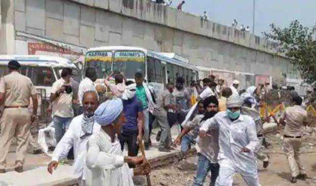 Farmers Agitation On Roads Against Agriculture Ordinances