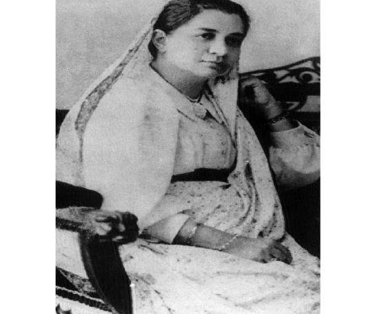 Bhikaji Cama- The Lady Who Raised Indian Flag On British Sol First