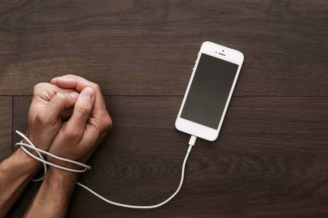 Addicted To Your Smartphone???.....Then Better You Do This