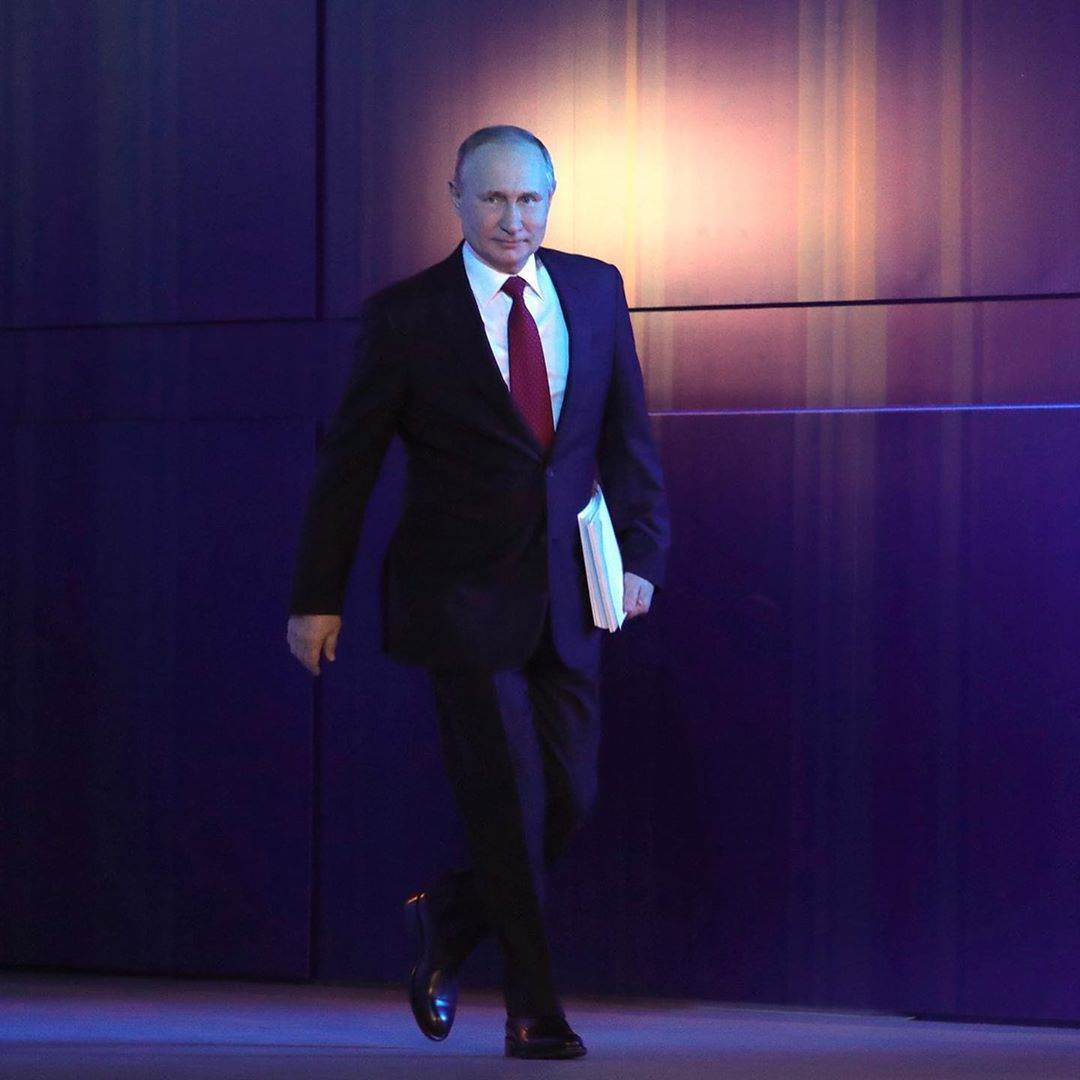 PUTIN PLANS TO STAY FOREVER SUPREME IN KREMLIN
