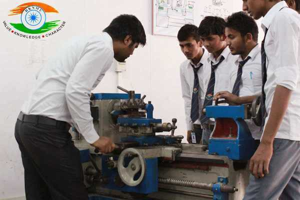 Engineering Education Crisis in India