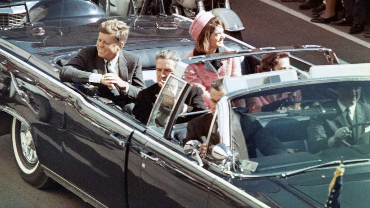 JFK; THE 35TH PRESIDENT OF USA AND HIS ASSASSINATION