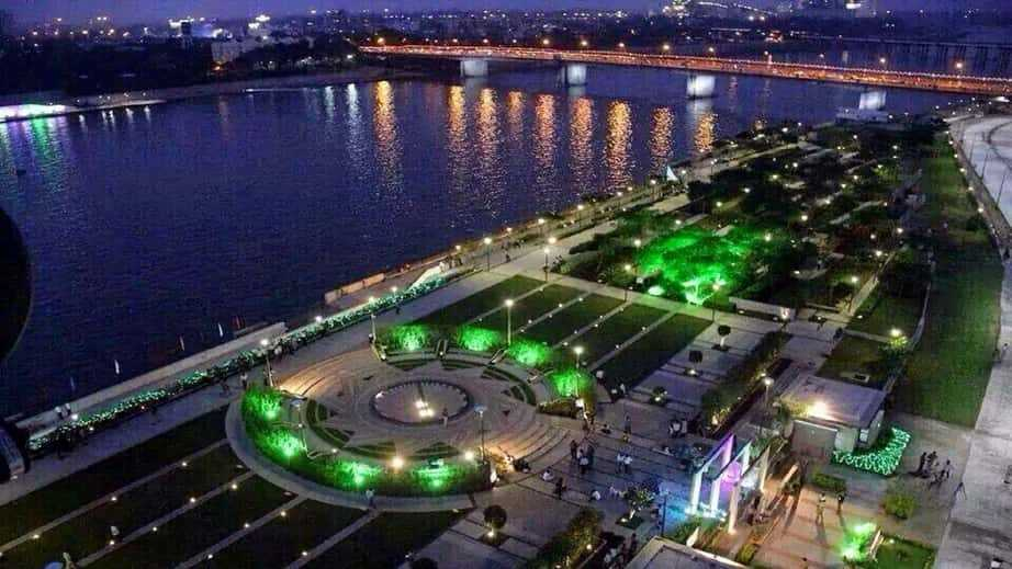Pollution alert in Gomti river front Lucknow....!
